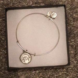 ALEX and ANI Claddagh bracelet